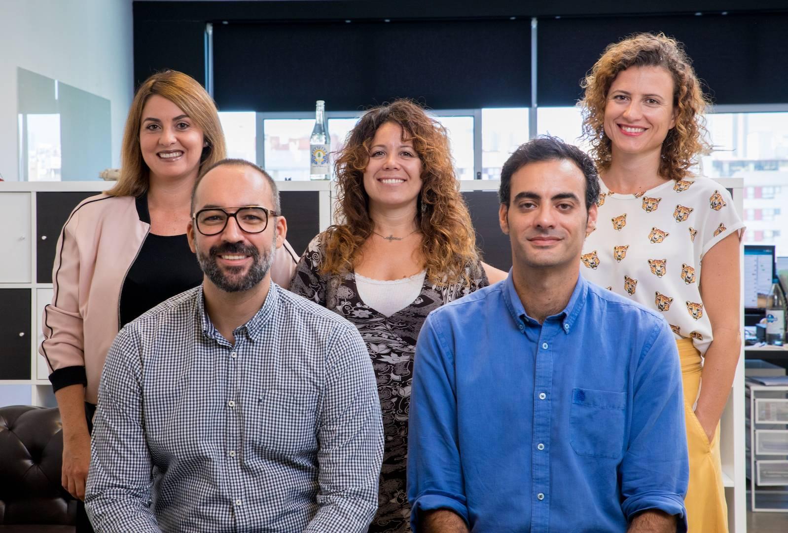 Un equipo de consultores listo para identificar, traducir y acompañar